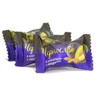 Чернослив в шоколаде с миндалём